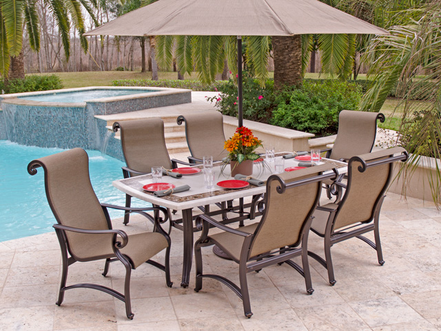 Have elegant style with stylish outdoor patio furniture