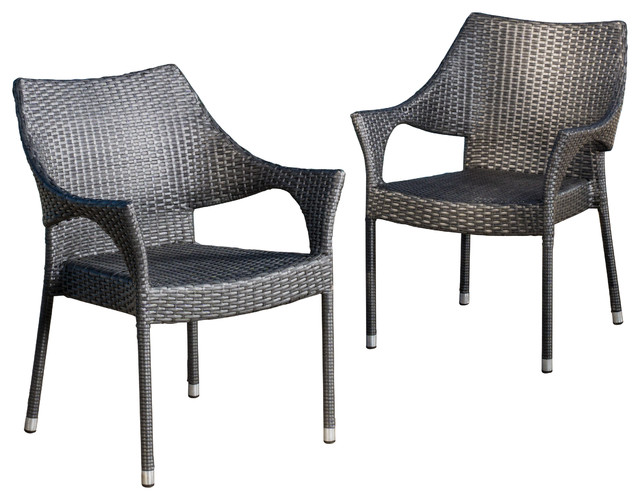 Hold a rocking small get together with Outdoor wicker chairs