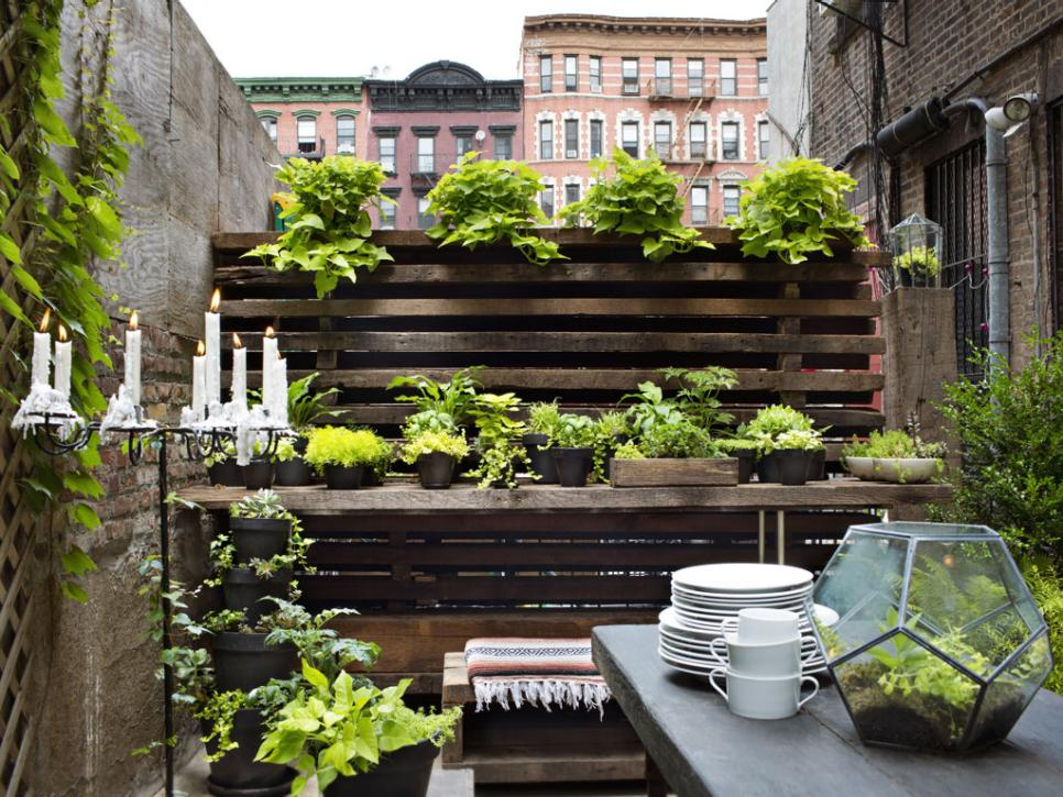 patio garden ideas  30