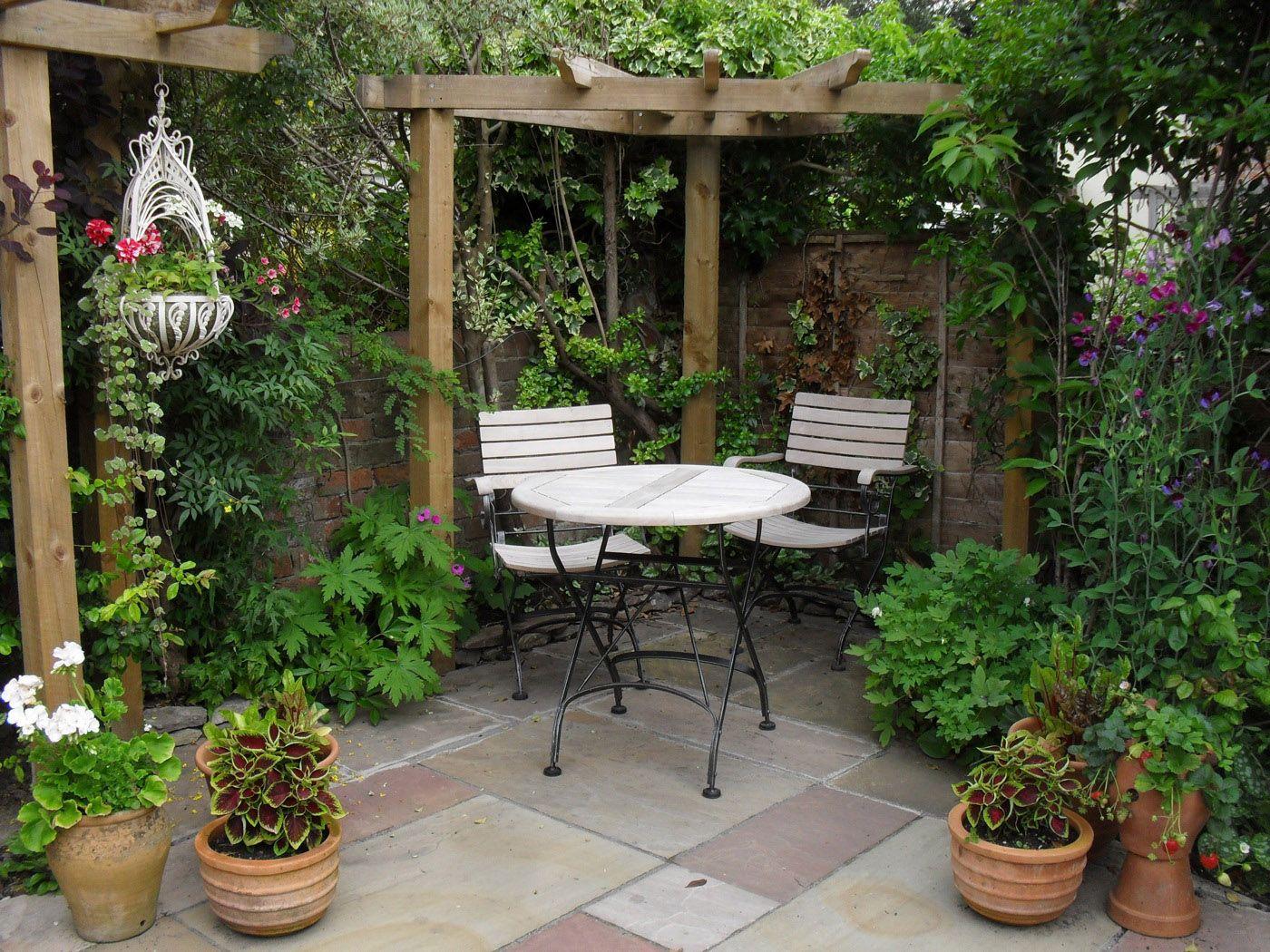 patio garden ideas  72