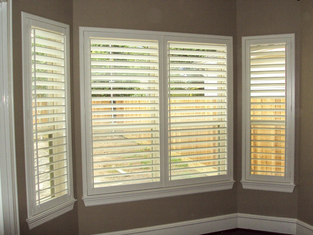 Plantation blinds  12