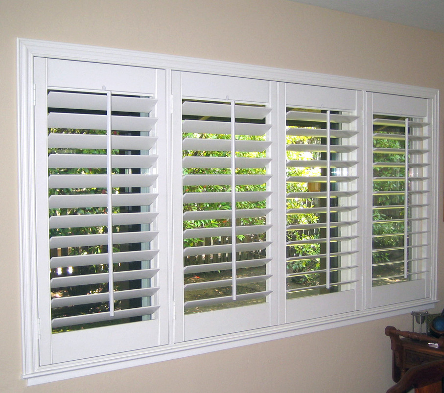 Plantation blinds  31