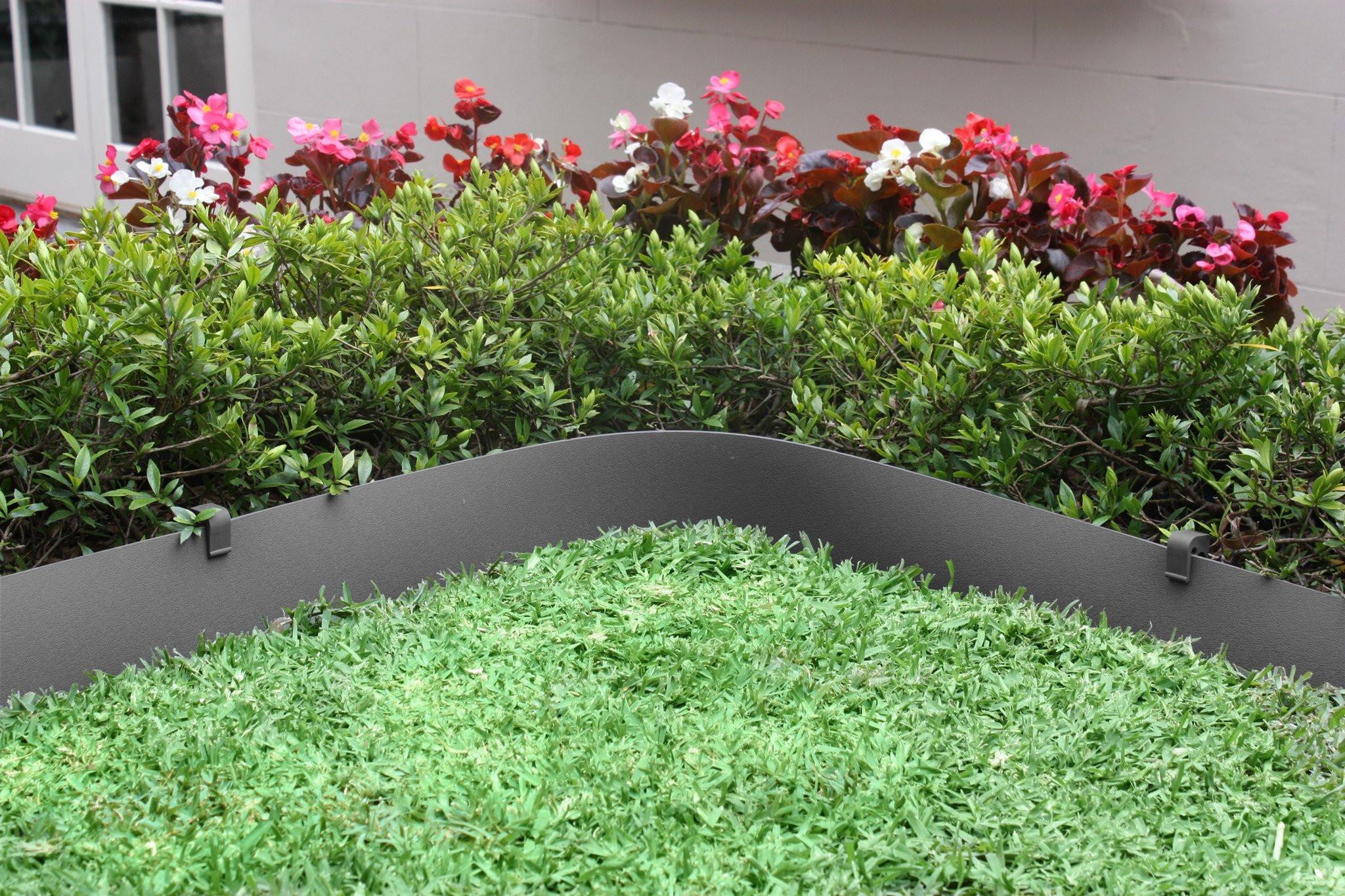 Plastic garden edging  13