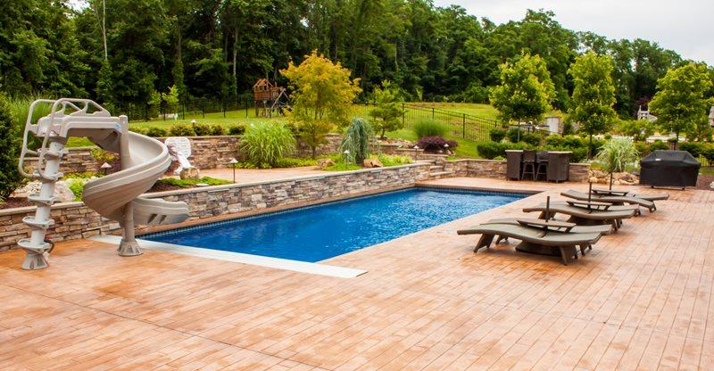 pool decks  86