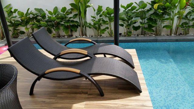 pool furniture  27
