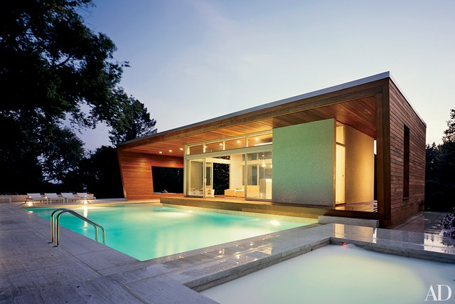 Make trendy and luxurious pool houses to swim