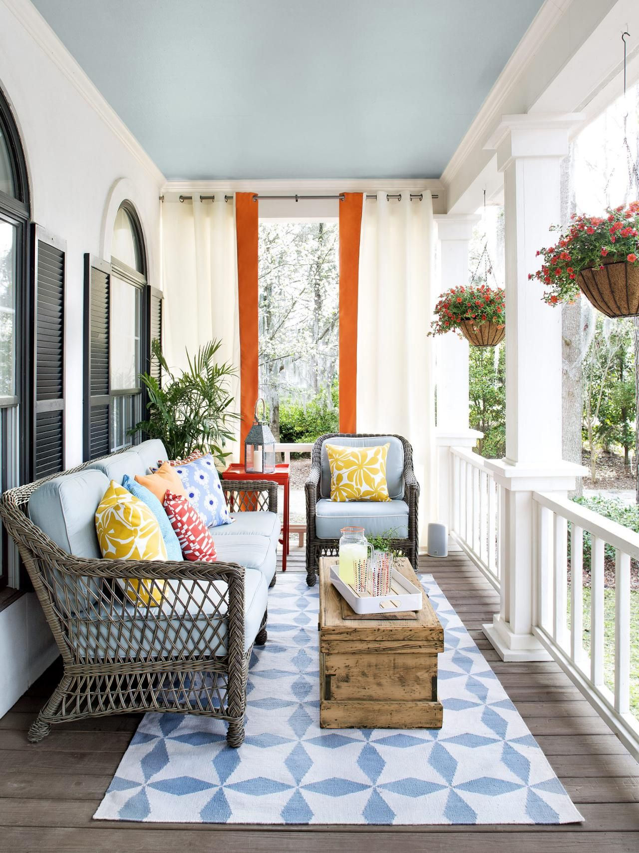 porch furniture  31