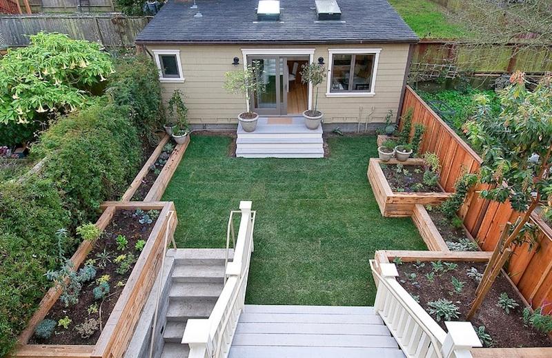 Small backyard landscaping  31