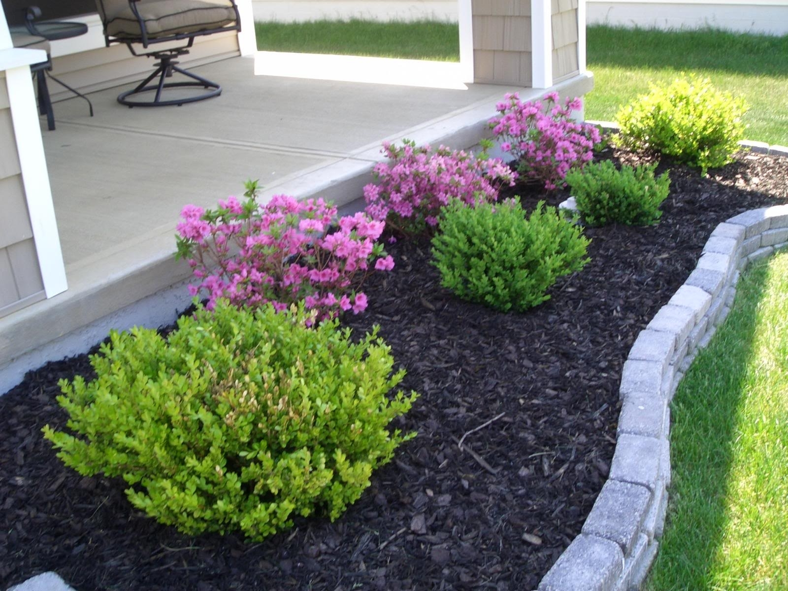 small front yard landscaping  11