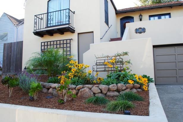 small front yard landscaping  41