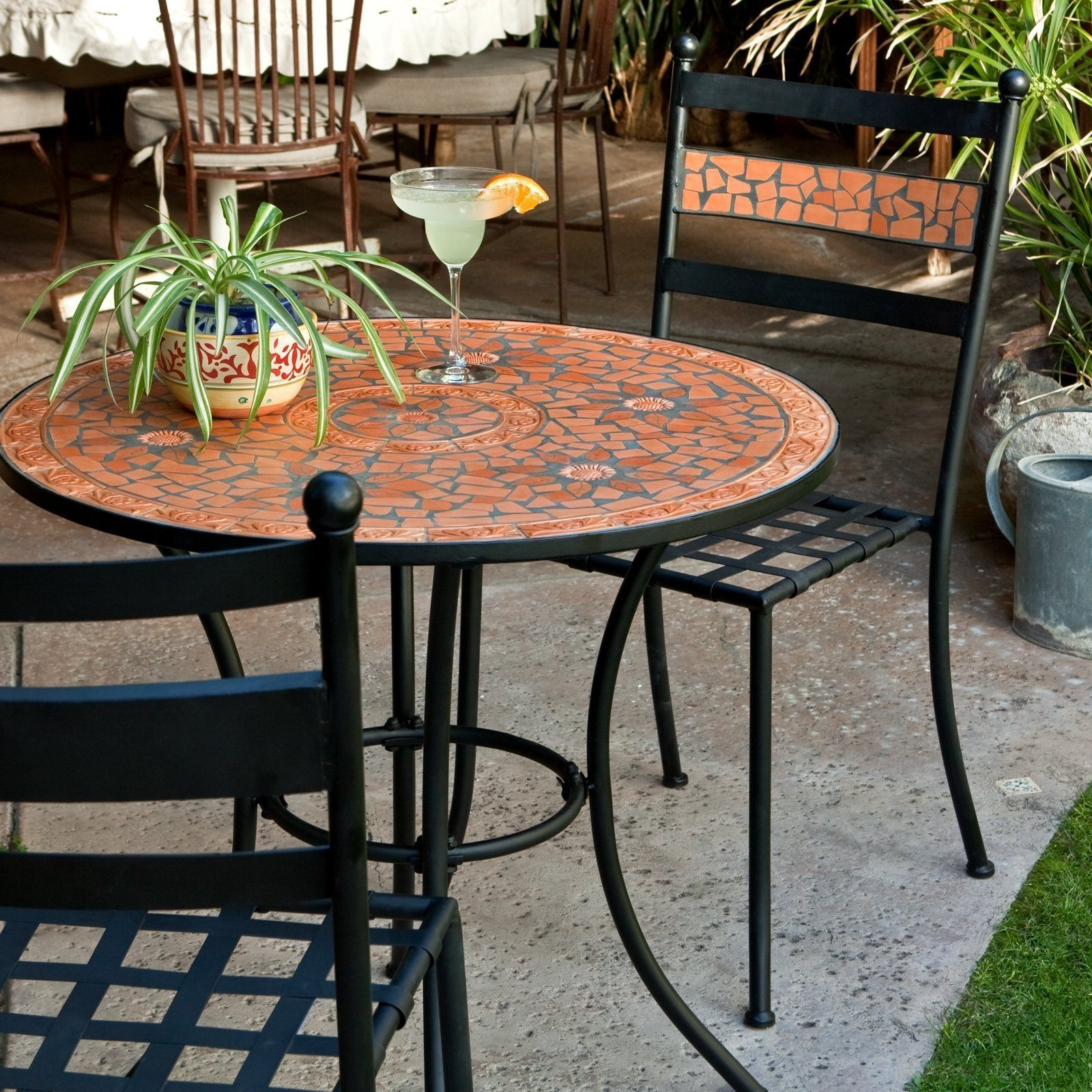 small outdoors tables  86
