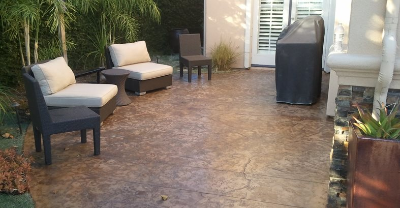 stained concrete patio  06