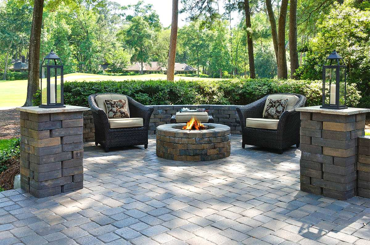 stunning paver patio  59