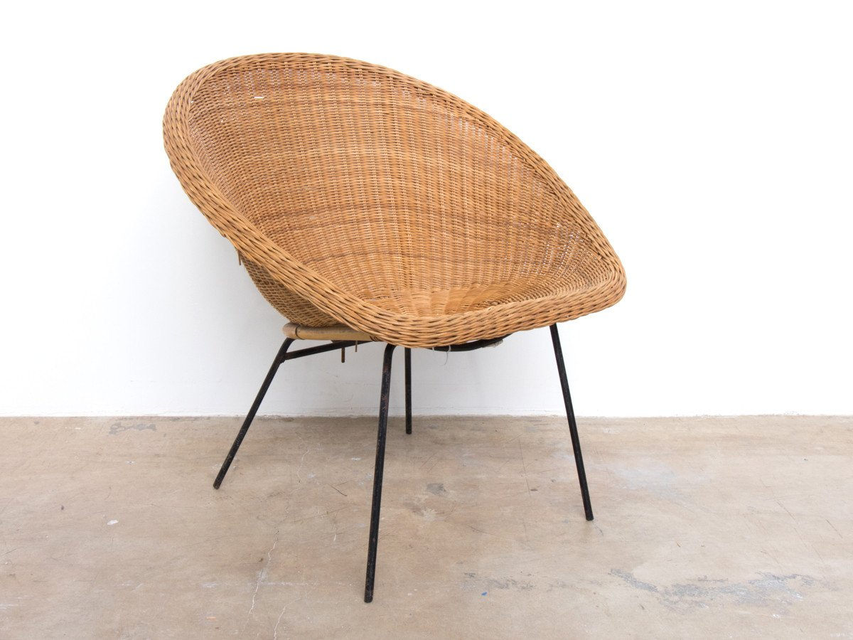 wicker chairs  50
