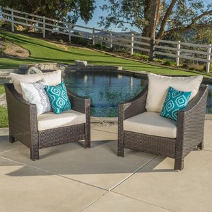 Traditional Wicker patio furniture