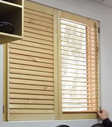 Wooden blinds  35