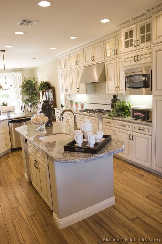 Traditional Antique White Kitchen Cabinets | Home Life - Kitchens