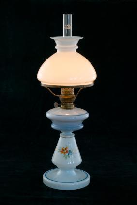 Antique Kerosene Banquet Lamps   LoveToKnow