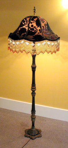 4181 Best VINTAGE LAMPS images   Vintage lamps, Antique lamps