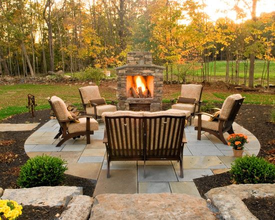15 Backyard Designs for Fall - Pretty Designs
