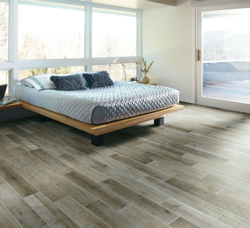 Top Designs for Master Bedroom Floors - GoHaus