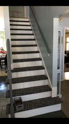 Stylish Stair Carpet Ideas to Enhance the Visual Look of Your Home