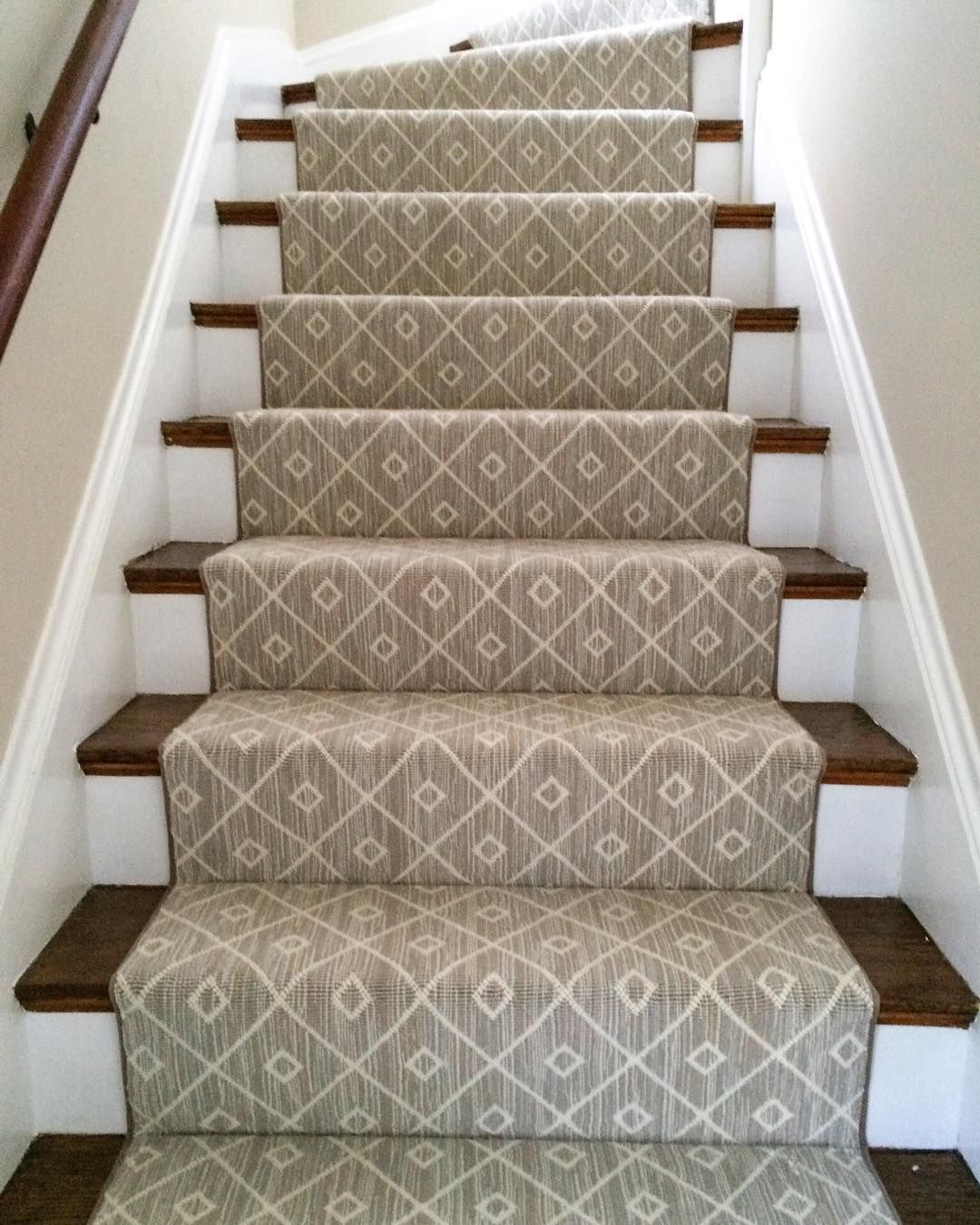 Mia, a woven 100% wool carpet, makes for a #beautiful stair runner.  Installation by @thecarpetworkroom