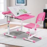 GUIDE TO BUYING CHILDREN'S   DESK