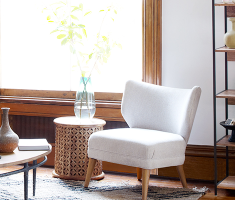 Make your living room comfortable by using comfy chairs for small