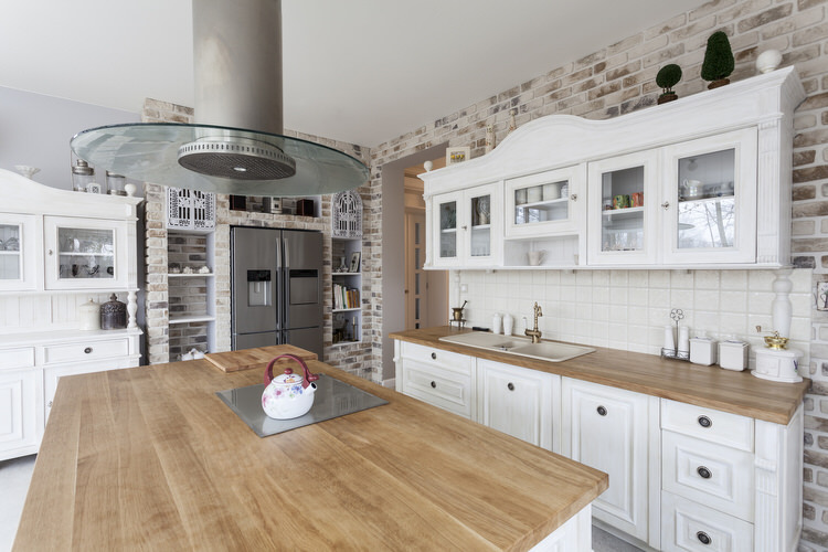 42 Captivating Country Kitchens (PICTURES 😍)
