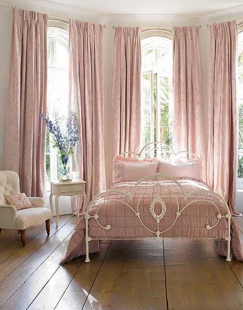35 Spectacular Bedroom Curtain Ideas | The Sleep Judge