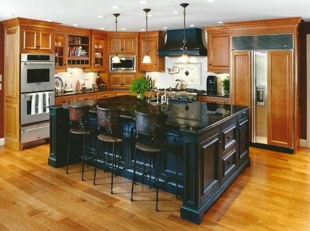 Retreat in the Woods Renovation - Traditional - Kitchen - Cincinnati
