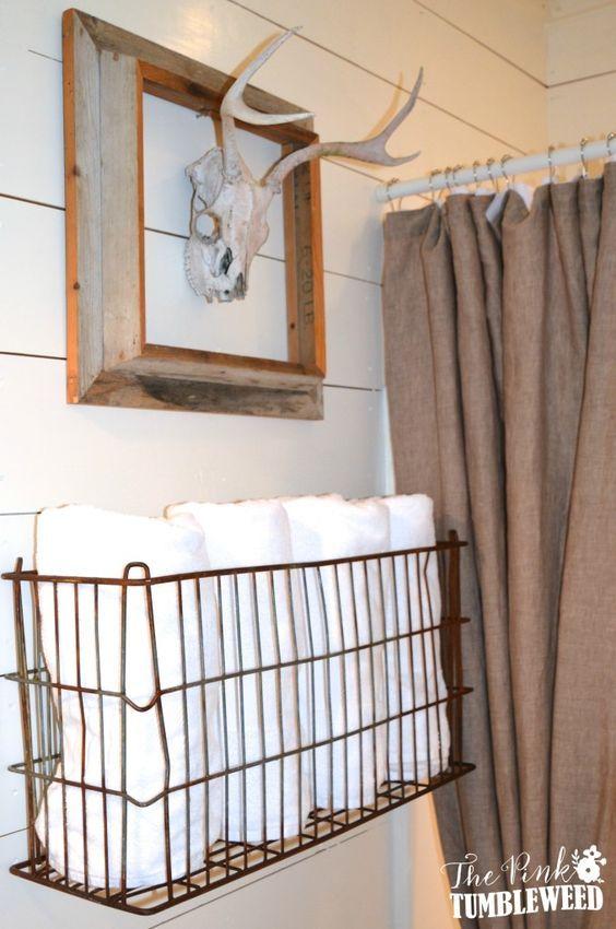 Creative diy bathroom towel   storage ideas