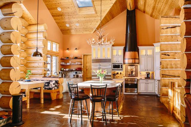 Evergreen Log Home Kitchen Renovation - ラスティック - キッチン