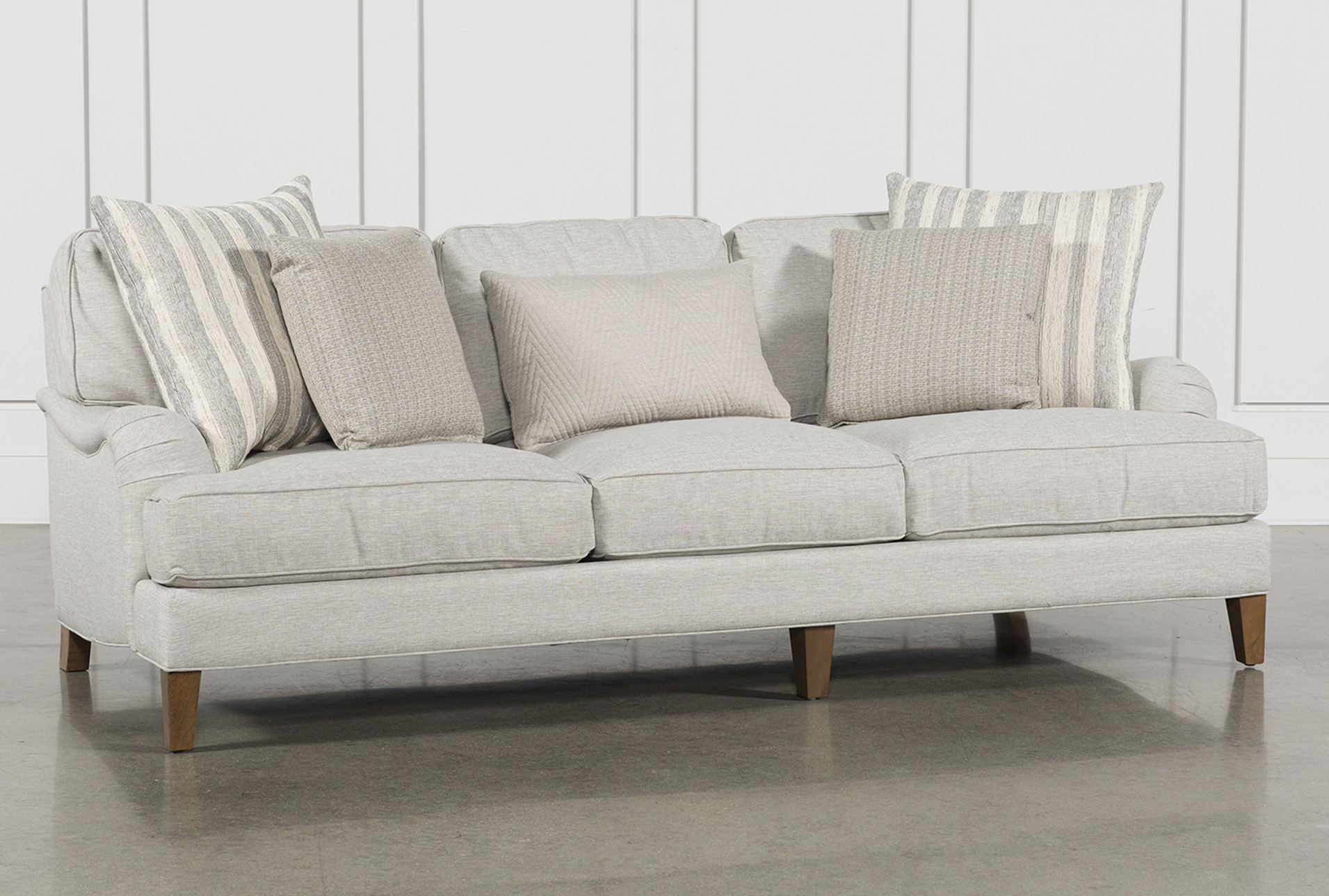 Things to keep in mind while   buying fabric sofas