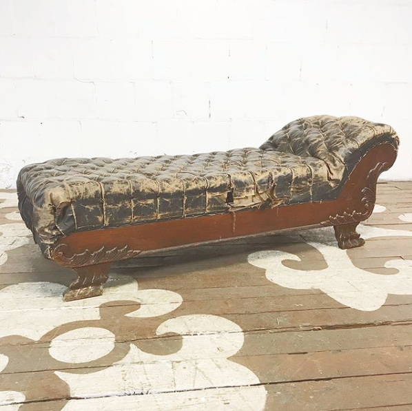 Antique Fainting Couch u2014 Chairloom