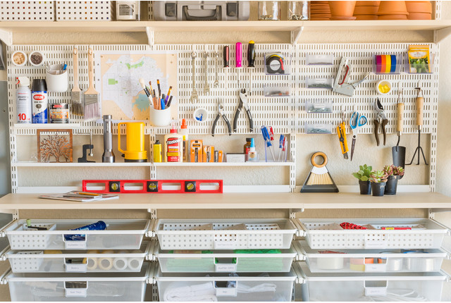 A Single Girl's Guide to Garage Organization | Container Stories