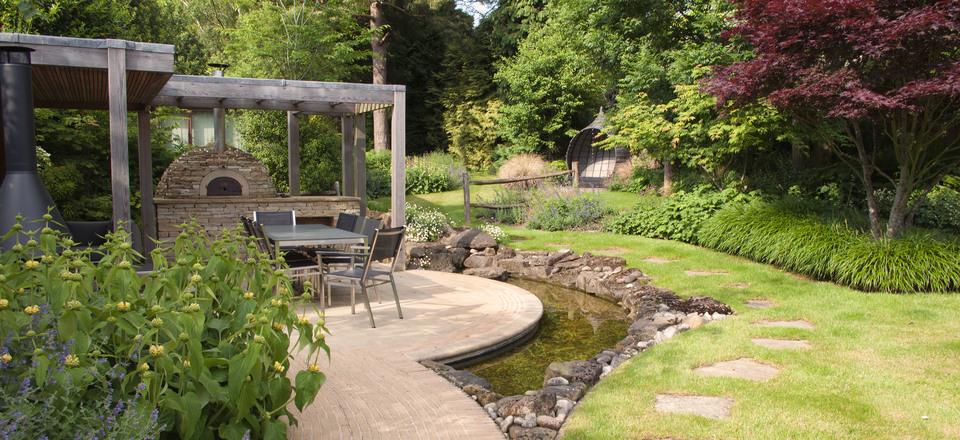 Elks-Smith Garden Design in Dorset, Hampshire, Southampton
