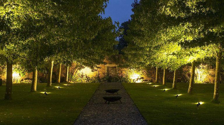 Benefits of Garden Lighting