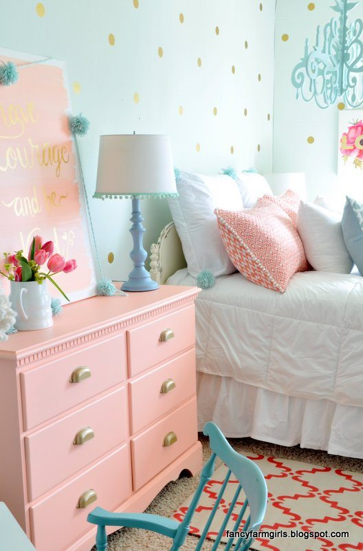 Girls Bedroom Makeover | Fancy Farmgirls