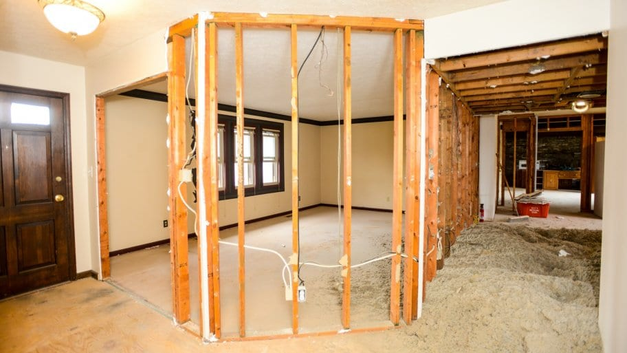What Should Be in a Remodeling Contract?   Angie's List