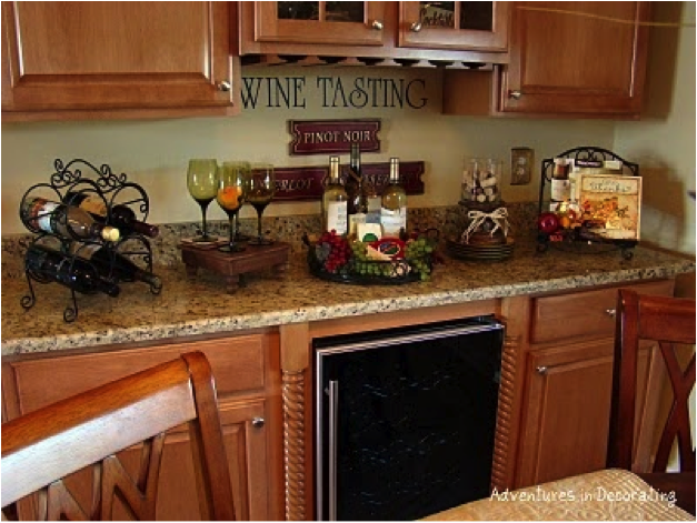 wine decor for kitchen |  Decorating Your Kitchen With A Wine
