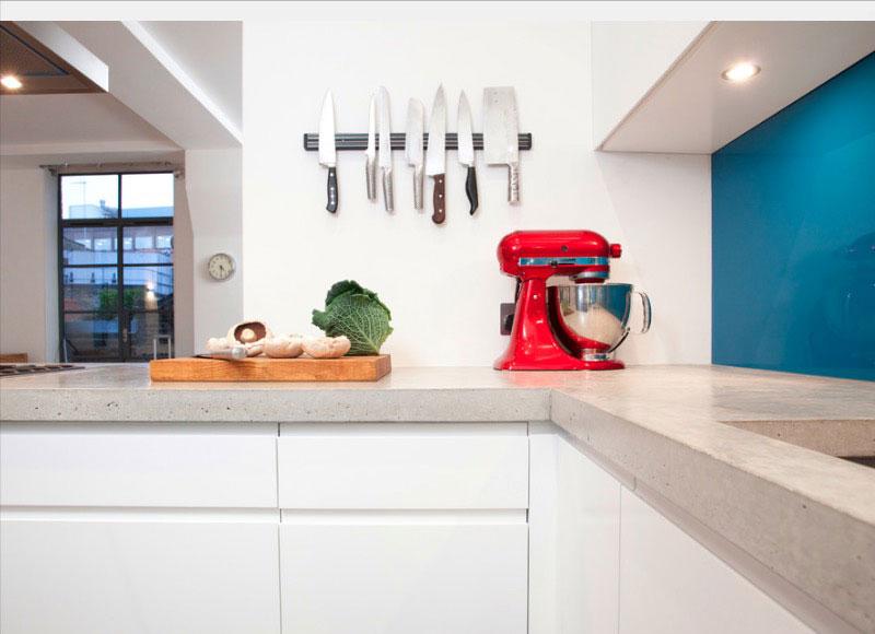 20 Genius Small-Kitchen Decorating Ideas | Freshome.com