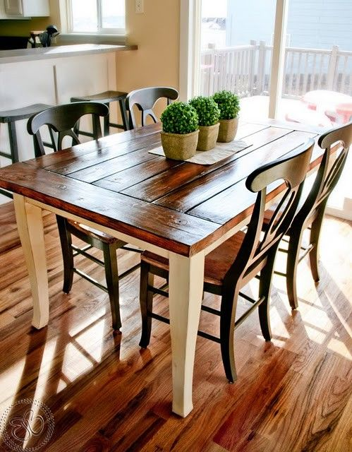 Stylish Farmhouse Dining Tablesu2013Airily romantic or casual and cozy