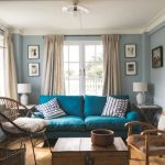Create a charismatic   impression by using the perfect living room colours