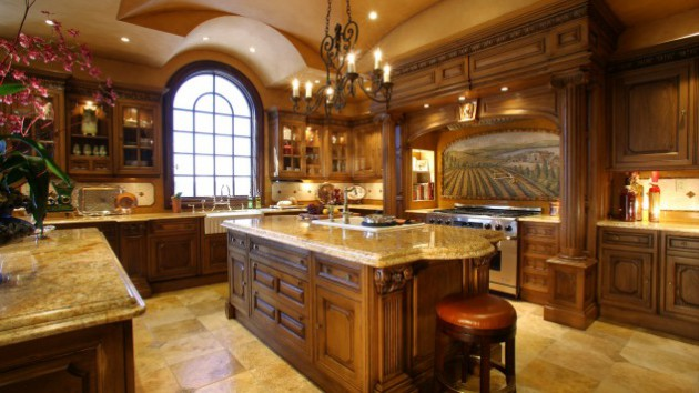 18 Luxury Traditional Kitchen Designs That Will Leave You Breathless