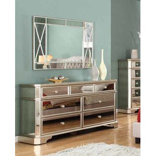 Choosing an mirrored dresser   for your room
