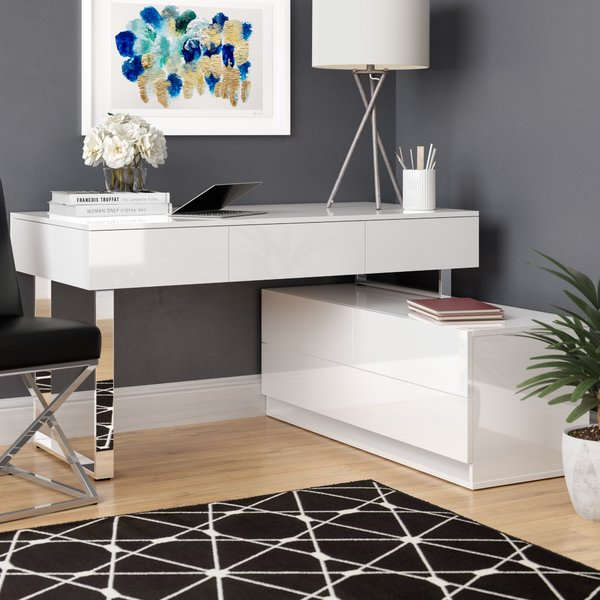 Wade Logan Claysville Modern Desk With Hutch & Reviews | Wayfair