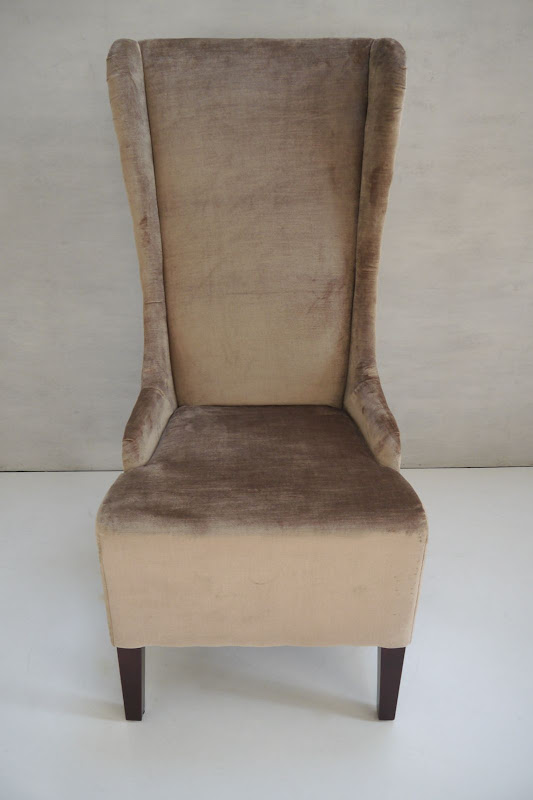UCH-0012 Alice Narrow Wing Chair, Pretty Props
