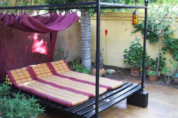 Outdoor beds for summer feast